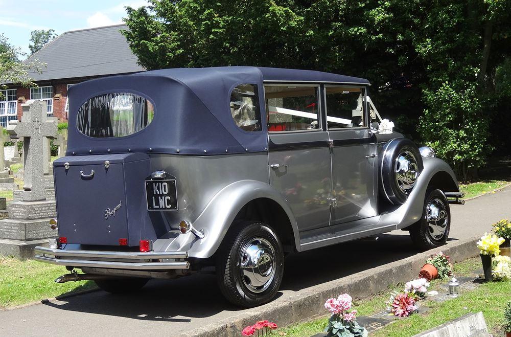 Birmingham - Love Wedding Cars | Vintage Wedding Car Hire